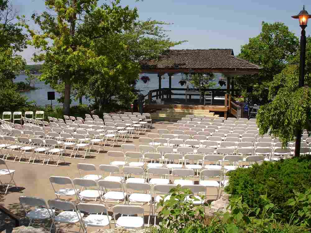 Rent chairs for parties and events at Osage Beach, Camdenton, Eldon and Lake Ozark